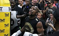 Pictures: Floyd Mayweather Open Workouts
