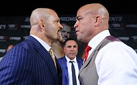 Pictures: Liddell vs. Ortiz 3 Press Conference