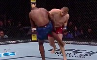 UFC Rio Rancho Highlight Video: Raulian Paiva Stuns Mark De La Rosa
