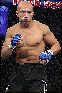 Sergio Gomez Mma Stats Pictures News Videos Biography Sherdog Com He is the younger brother of actor rick gomez. sergio gomez mma stats pictures news