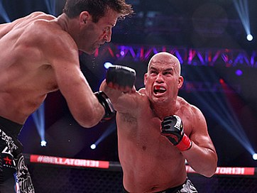 Tito Ortiz Takes Split Decision Over Stephan Bonnar
